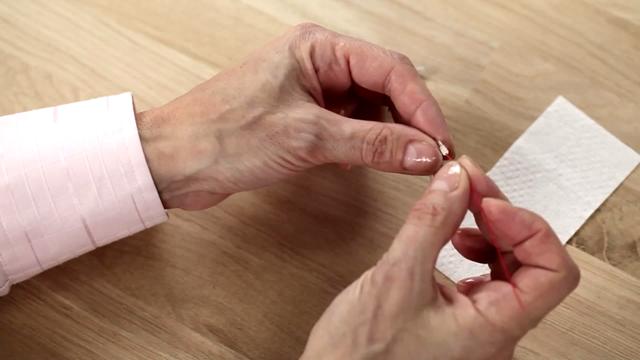 clean-corda-thin-tube-video